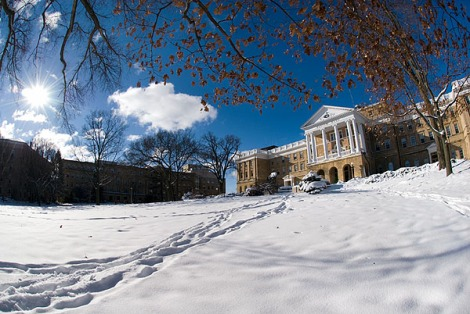 Bascom_Hall_snow07_6152